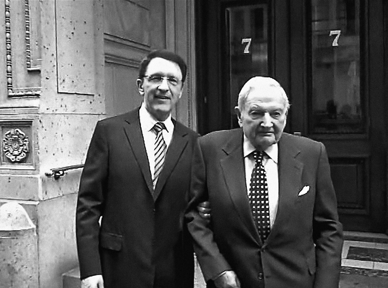 Sandy with his invaluable mentor and friend David Rockefeller. The two met through the White House Fellows program, which Rockefeller helped found.
