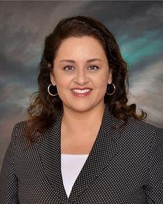 Lorena Chavez Headshot.jpg