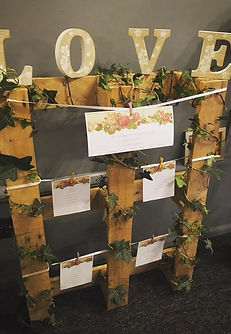 vintage pallet table plan finished with small LOVE letters