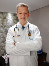 Dr. Danton Spohr Correa - Cirurgião Oncológico