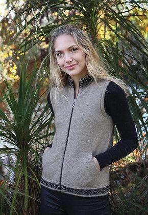 Ladies Zip Vest with Pockets and Motif (9973)