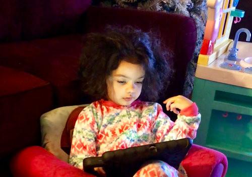 Samia and her iPad