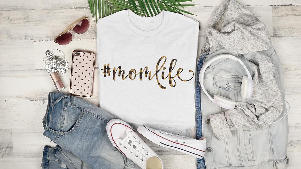 #momlife Leopard T-Shirt