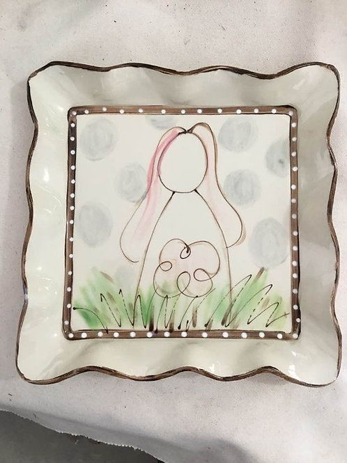 #512 Square Platter Bunny Back AW Dots