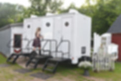 Luxury Restroom Trailer at a Wedding