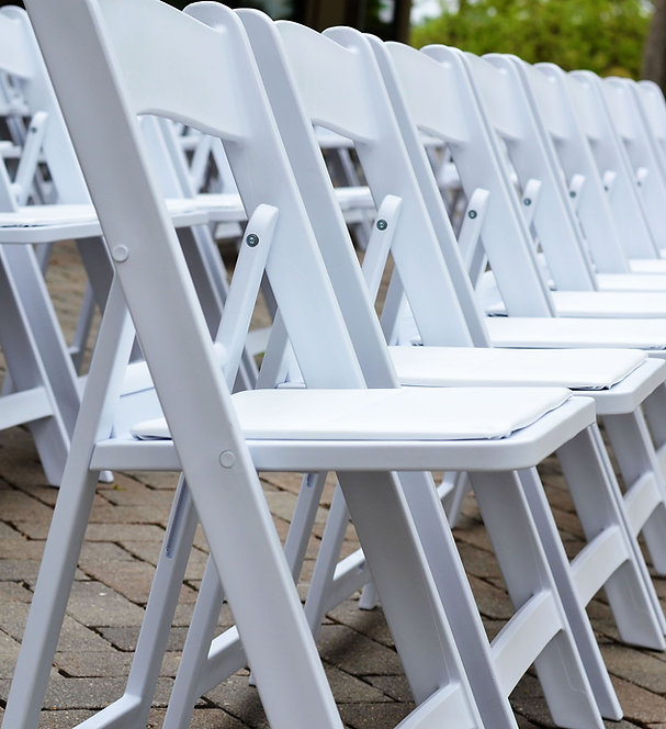 Outdoor Wedding Ceremony Chairs
