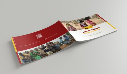 mockup brochure gamadji 2.jpg