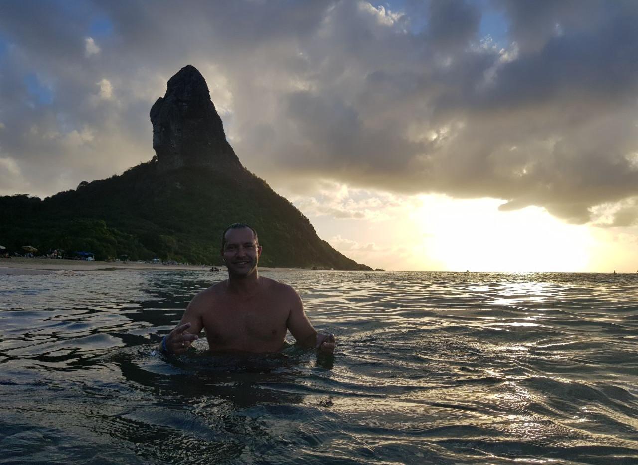 Banho de mar na Praia da Conceição.