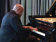 Gregory Thompson piano