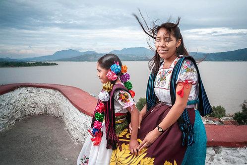 The Natives - Purépecha | Lizbet with her mother Yuriliana.