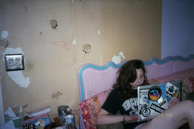 MICHAELA IN BED
