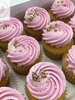 Simply pink cupcakes