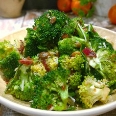 VITAMINS-IRON- PROTIEN via BROCCOLI SALAD BOWL