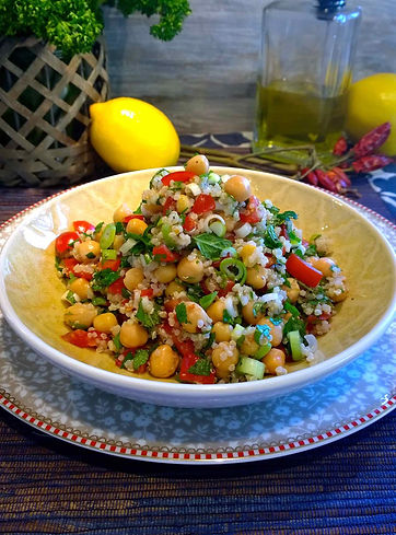 Quinoa, Chickpeas, mint, parsley, onion, lemon, chili pepper, tomatoes, vegetarian, vegan, meatfree monday, meatless monday