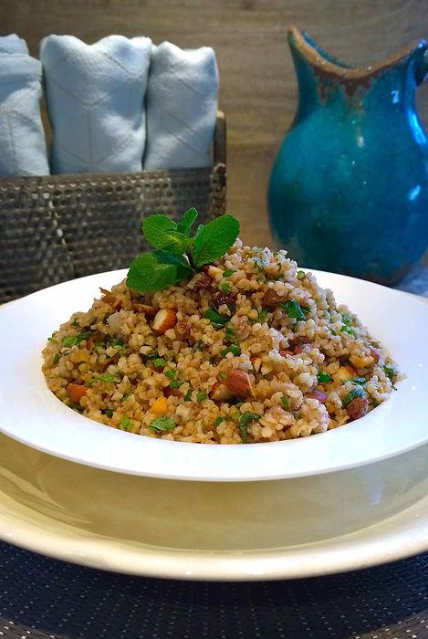 Bulgur, mint, raisins, almonds, coconut oil, meatless monday, vegetarian recipe