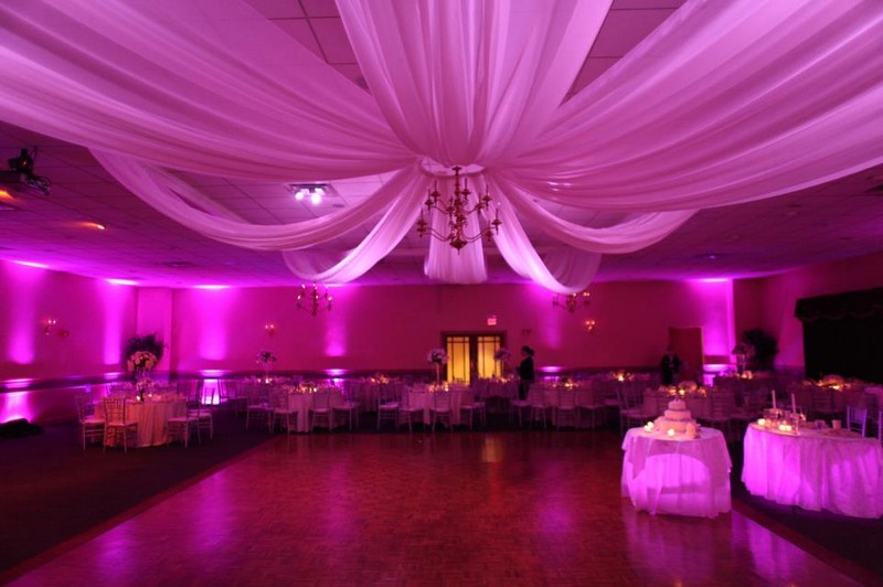 wedding-uplighting-with-ceiling-drapes