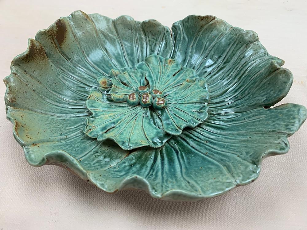 Gingko leaf pottery bowl