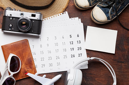 travel-vacation-accessories-and-calendar