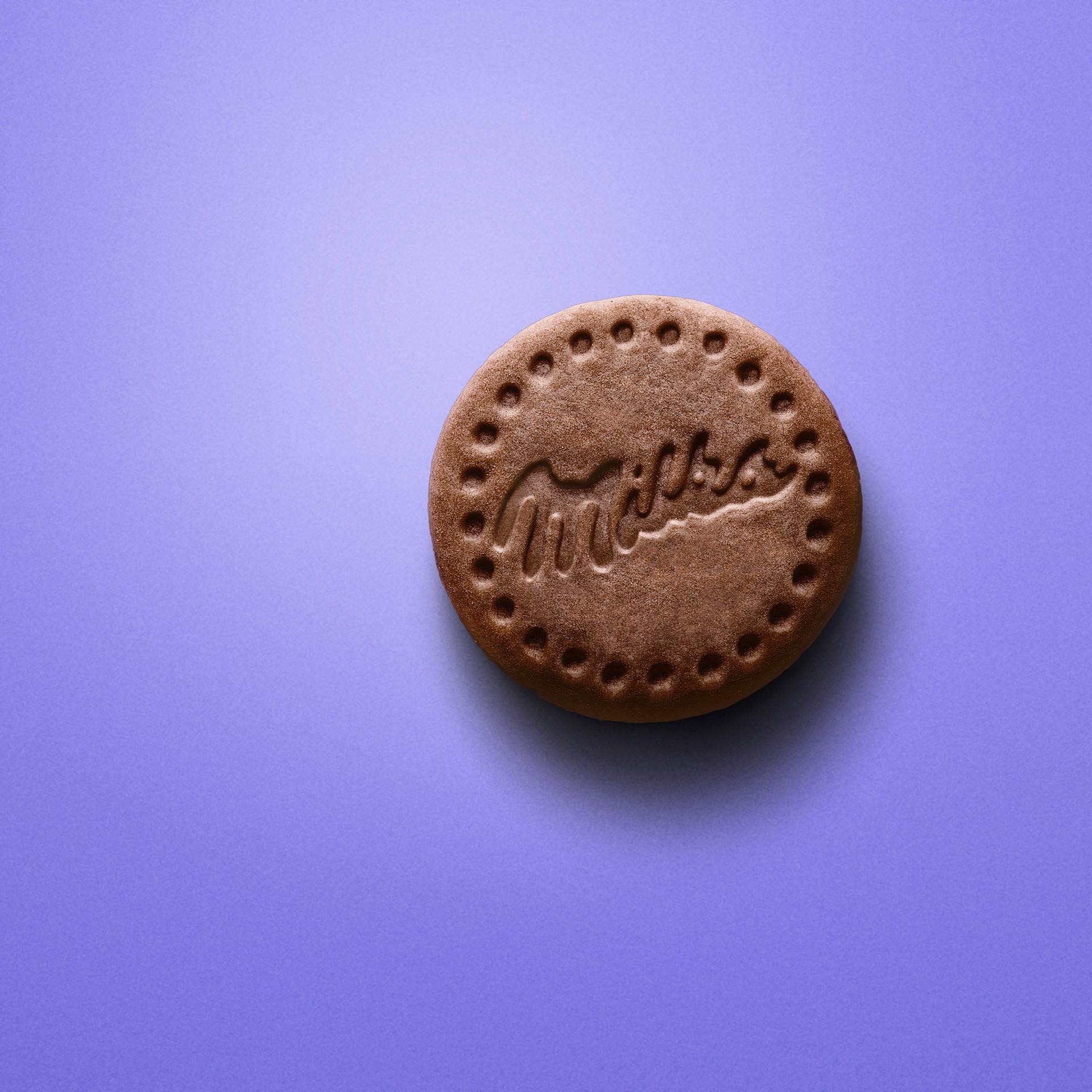 Milka Cookie Mousse Chocolate CENITAL.jp
