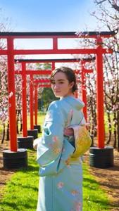 Kimono model Monei at S & R Orchard located in Walliston