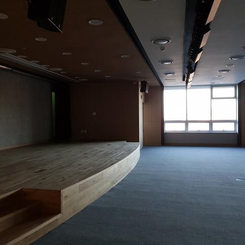 컨퍼런스룸