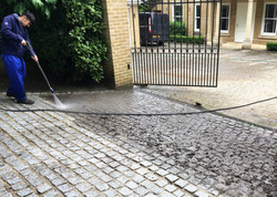Brink driveway cleaning