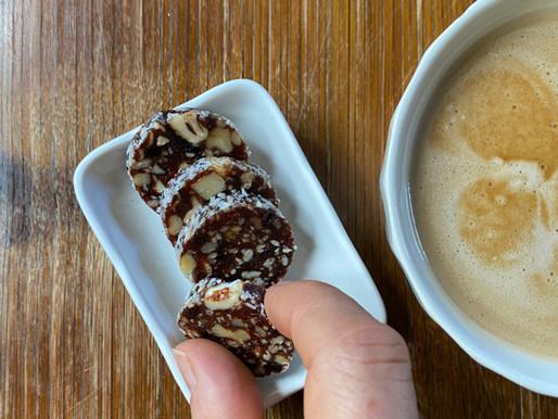 עיגולדים בריאים של תמרים ואגוזים