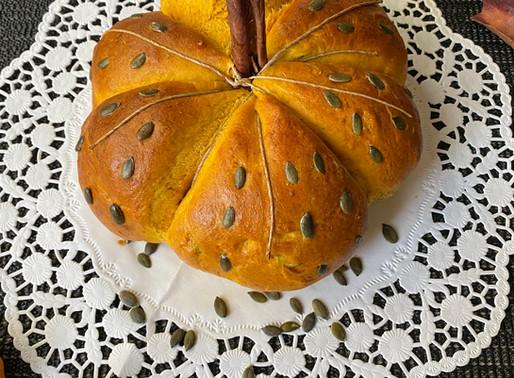 לחם דלעת Halloween