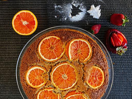 עוגת סולת הדרים ותותים