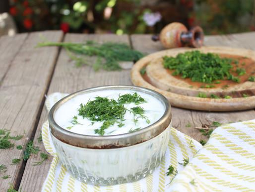מרק יוגורט יווני צזיקי