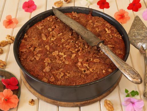 עוגת תפוזים בציפוי אגוזים וקינמון