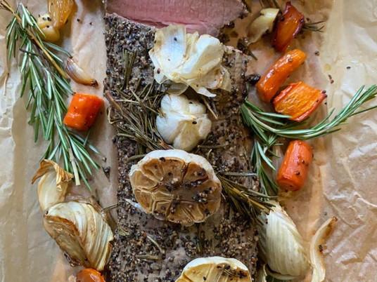 רוסטביף חגיגי עם ירקות שורש