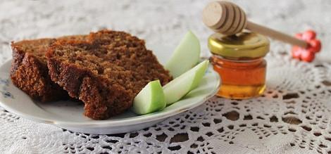 עוגת דבש בריאה וטעימה