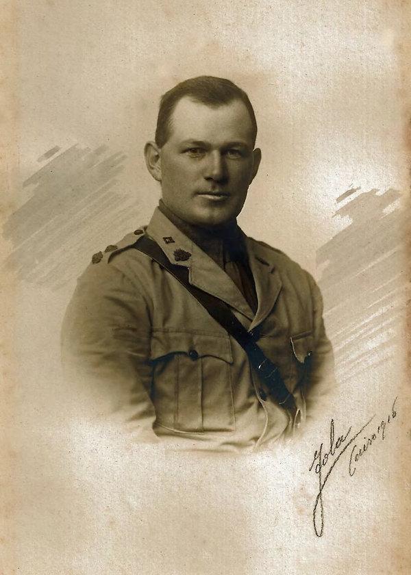 Guy Haydon photo Cairo 1916.jpg