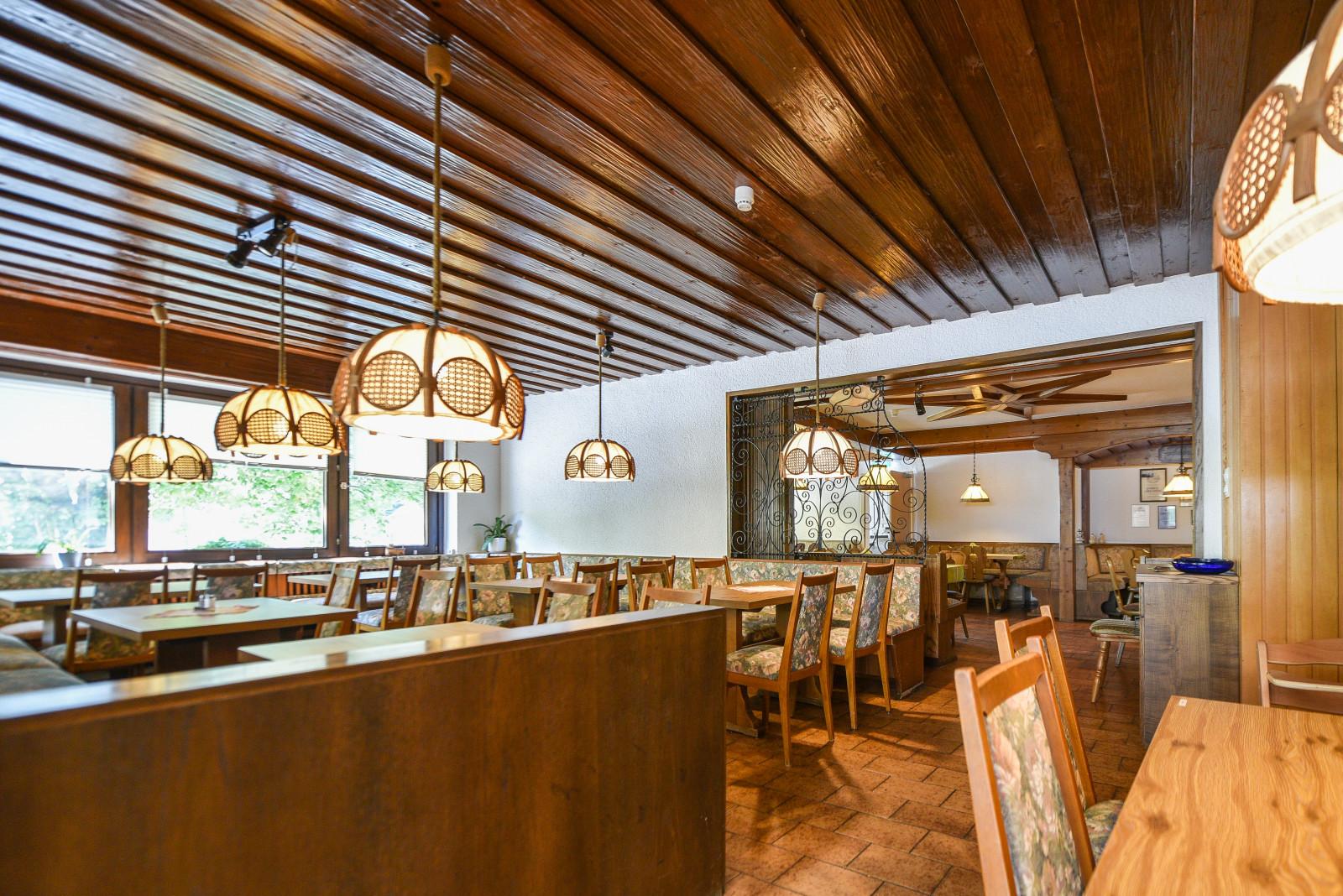restaurant0009.jpg