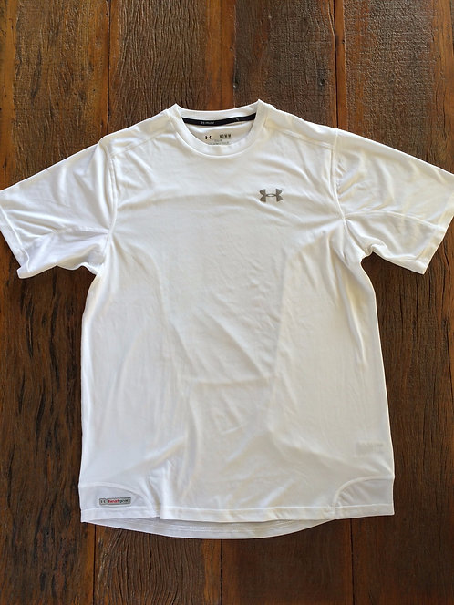 Camiseta Esporte Under Armour (Pouco Usada)