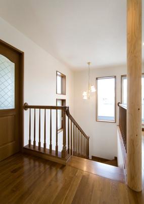 06.階段室.jpg