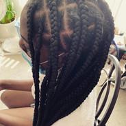 Large Knotless braids
