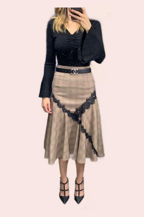Sweater negro manga campana