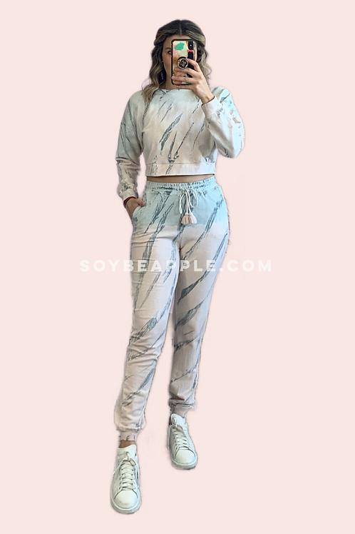 Set sudadera crop y pants tipo jogger tie dye tonos pastel