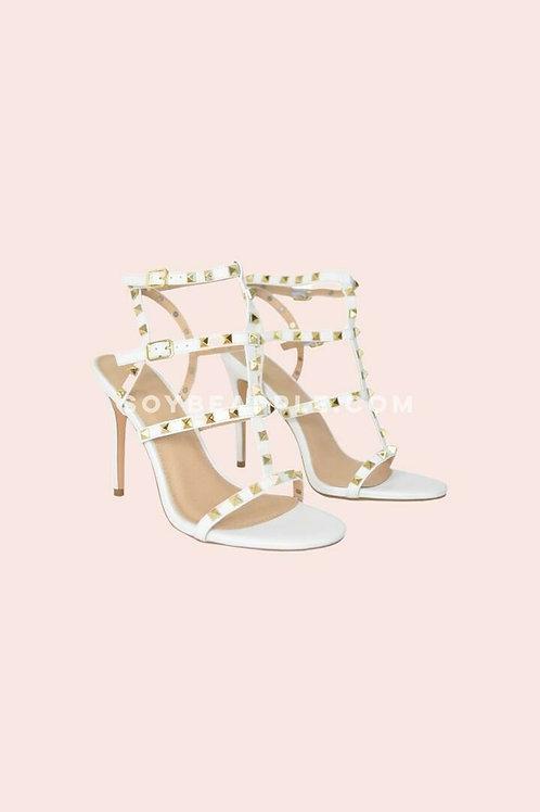 Zapatos tiras studs blancos
