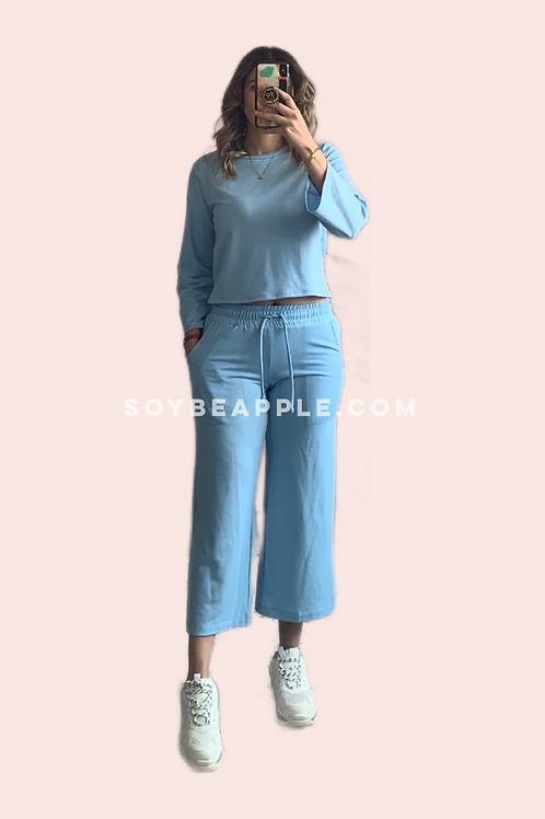 Set blusa y capri azul