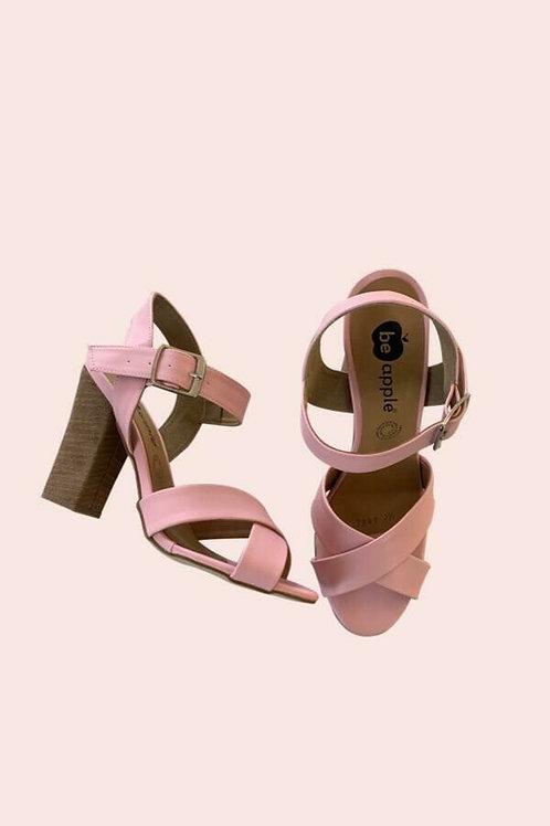 Zapatos rosa con hebilla