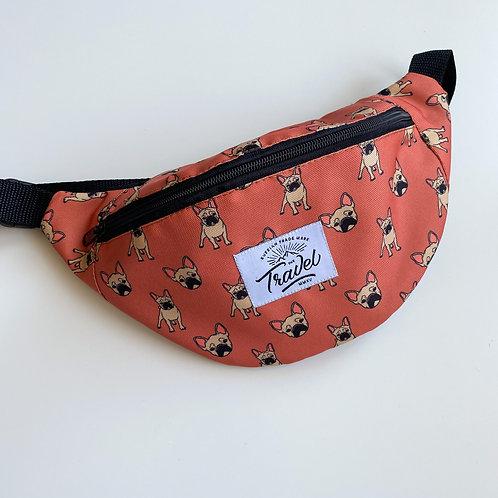 Поясная сумка TRAVEL Бульдоги оранжевый