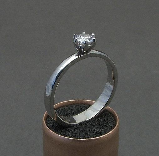 Brilliant ring 3