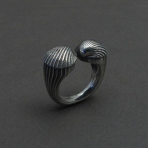 Clam ring