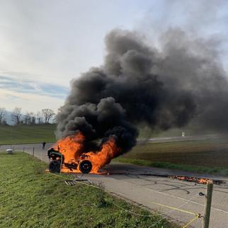 Bözberg: Quad brannte lichterloh
