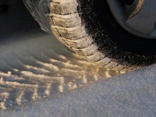Aargau: Schnee führte zu mehreren Unfällen - Autos noch mit Sommerreifen unterwegs