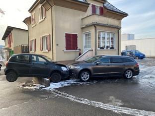 Bremgarten: Auf der Mauer, auf der Lauer, sitzt ein kleiner Toyota