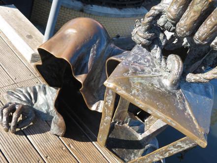 彫刻ブラックゴースト(クライペダ)